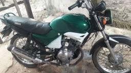 Vendo esta moto em perfeito estado de uso
