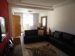 Casa à venda, 4 quartos, 1 suíte, 2 vagas, Sagrada Família - Belo Horizonte/MG