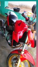 Moto cb 300 2015 super nova