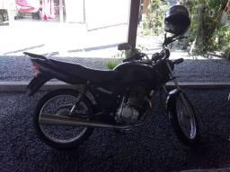 Troco moto por carro