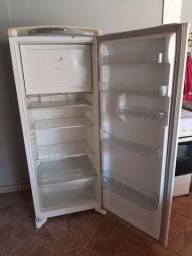 Geladeira Consul Frost Free 300 Litros Branca Com Freezer Su<br><br>