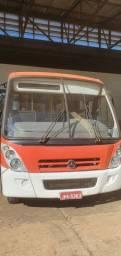 Micro-ônibus LO 814