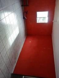 Aluga-se casa com 02 quartos em condomínio em Abreu e Lima. Bairro. Marinha na BR