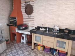 Linda casa geminada com entrada coletiva no bairro Tancredo Neves por apenas 210 mil