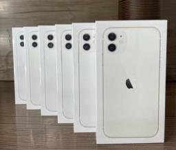Título do anúncio: iPhone 11 Apple Branco 6,1? Câmera Dupla 12MP Ios - 256GB( Lacrado)