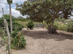 Título do anúncio: Vendesse terreno com casa no sitio