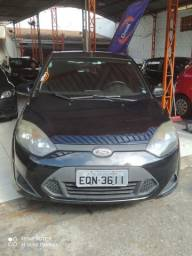 03--Ford Fiesta Hatch 1.6 Completo