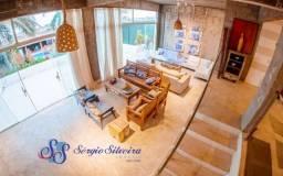 Casa para venda no Porto das Dunas com 3 suítes piscina e deck com lareira