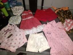 Vendo roupas de meninas e meninos