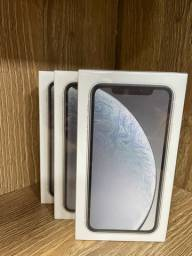 iPhone XR branco 64GB novo ( LOJA FÍSICA )