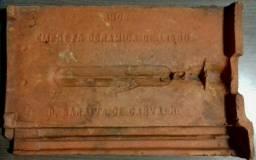 Telha de barro portuguesa, de 1906