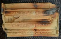 Telha cerâmica plana antiga, da olaria Novoa & Grillo Ltda
