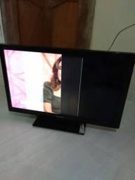 Televisão danificada