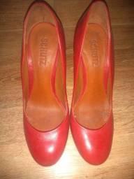 Título do anúncio: Sapatos femininos num 35