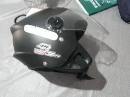 vendo capacete número 58 valor  50 reais