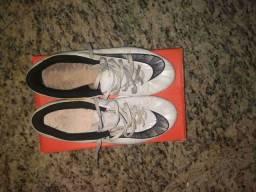 Chuteira Nike Mercurial , Pouco tempos de uso , 38