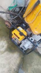 Título do anúncio: Motor bomba de secar açude e fazer irrigação.