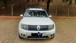Título do anúncio: Renault Duster 2.0 4x2 2016 aceito troca por veículos