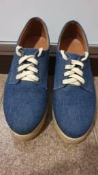 Título do anúncio: Tênis azul jeans