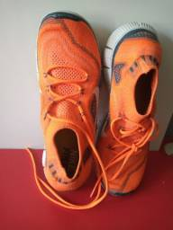 Tênis Nike Free 5.0 Tam. 38/39