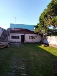 Título do anúncio: Casa na praia com quintal amplo com 2 quartos em Itanhaém-SP   7984-PC