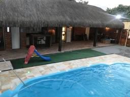 Salão de festa piscina e churrasqueira