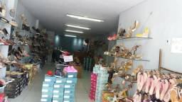 Repasse de loja toda equipada com mercadoria