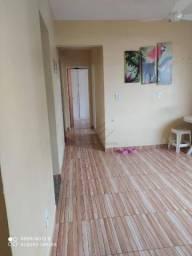 Apartamento com 3 dormitórios para alugar, 57 m² por R$ 700,00/mês - Jardim Aeroporto - Vá
