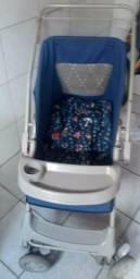Vendo carrinho de bebê masculino bem conservado