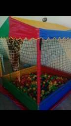 Alugo pula pula e piscina de bolinha