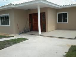 Casa 03 quartos s/02 suítes em construção na área nobre no Bairro Hospício