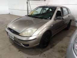 FORD FOCUS 2005/2006 1.6 GLX 8V GASOLINA 4P MANUAL