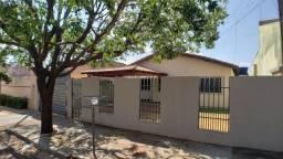 Casa à venda com 3 dormitórios em Jardim monte líbano, Campo grande cod:707