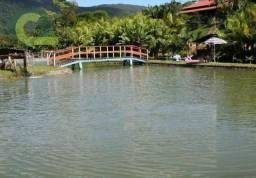 Chácara com 3 dormitórios à venda, 81000 m² por R$ 2.000.000,00 - Alameda das Pedras - Cam