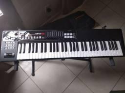 Teclado Sintetizador Roland Xps 10 (semi-novo) + BAG Acolchoada Roland + Fonte Original