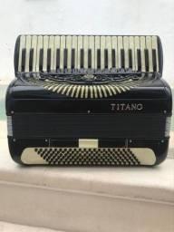 Acordeon Titano 120bx
