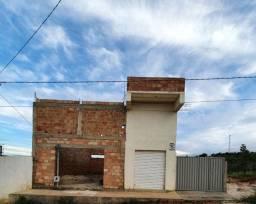 Casa C/ 2 lojas
