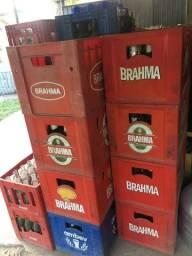Vasilhames de cerveja e refrigerante
