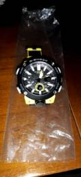 Relógio modelo g shock GA 2000