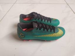 Chuteira Nike Mercurial CR7 Academy