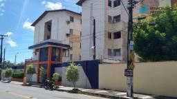 Apartamento com 3 dormitórios para alugar, 70 m² por R$ 959,00/mês - Presidente Kennedy -