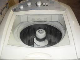 Maquina de lavar GE 15 kg, maquina não tem barulho não tem vazamentos.