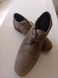 Título do anúncio: Sapato Satinato