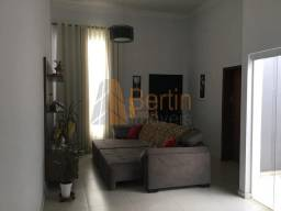 Linda casa em condomínio em Sorocaba