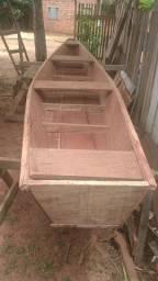 Vende-se Canoa de madeira