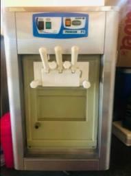 Título do anúncio: Máquina de sorvete  5.000