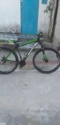 Bicicleta aro 29 novinha