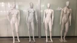 Vendo esses manequins