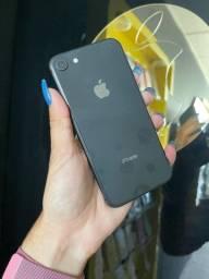 iPhone 8 64GB preto ( capinha e película grátis )