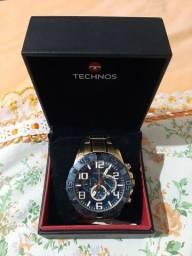 Vendo este relógio TECHNOS original funcionando perfeitamente dourado